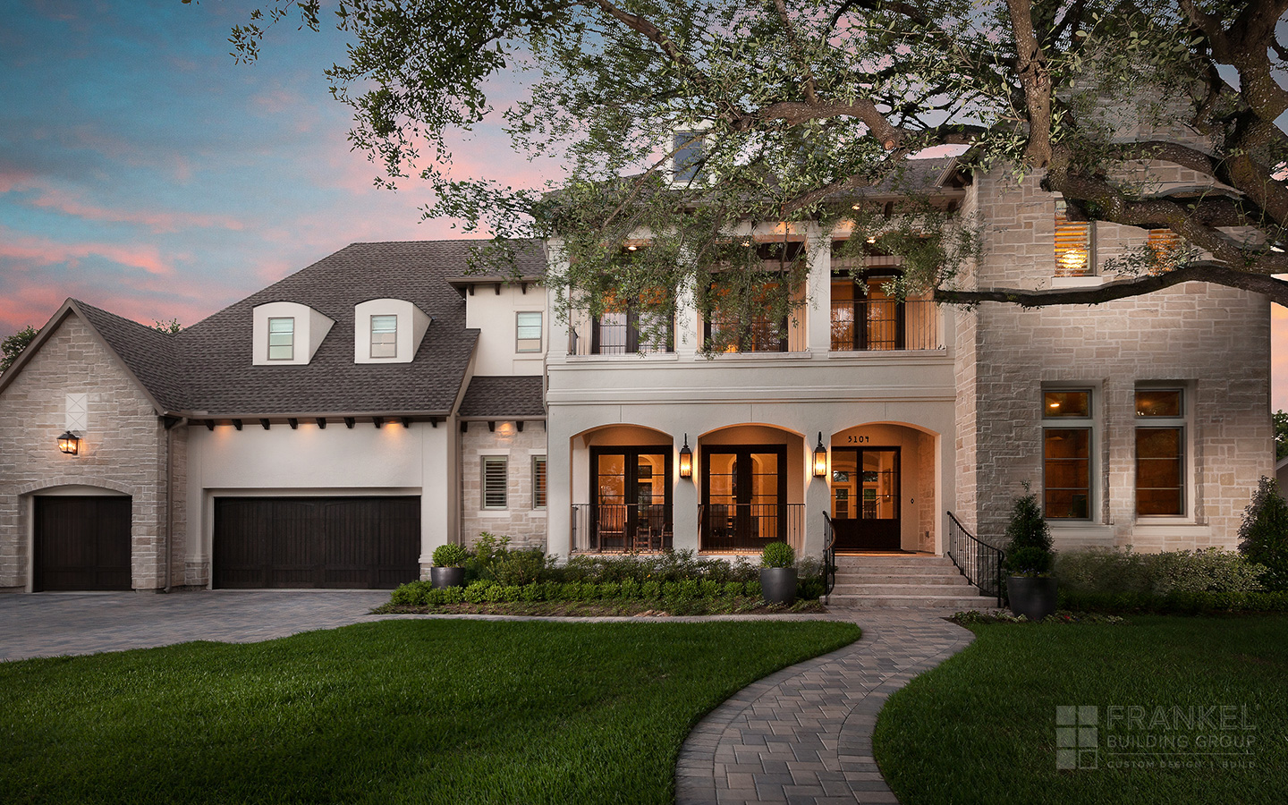 Bellaire Transitional | Frankel Building Group