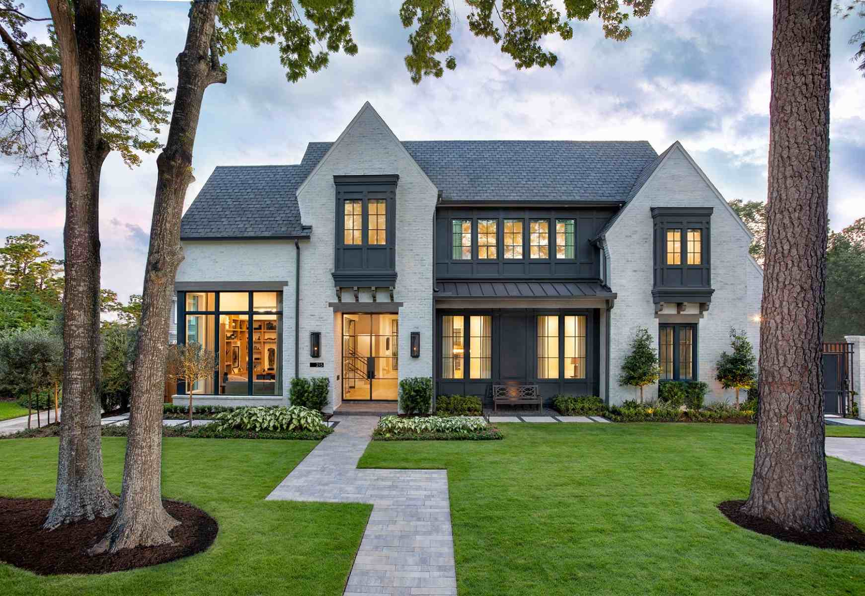 A custom home built in Hunters Creek, Houston by Frankel Building Group